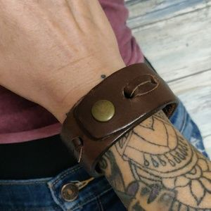 leather Jewelry - Leather cuff